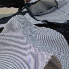 スーツパンツのシック