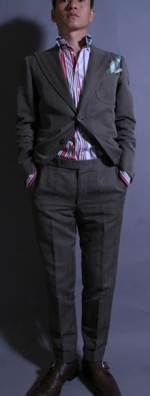 2014スーツスタイル〈イズント〉