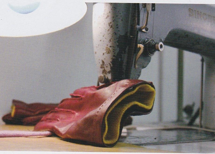 クラシコイタリアの老舗「Merola」のグローブ