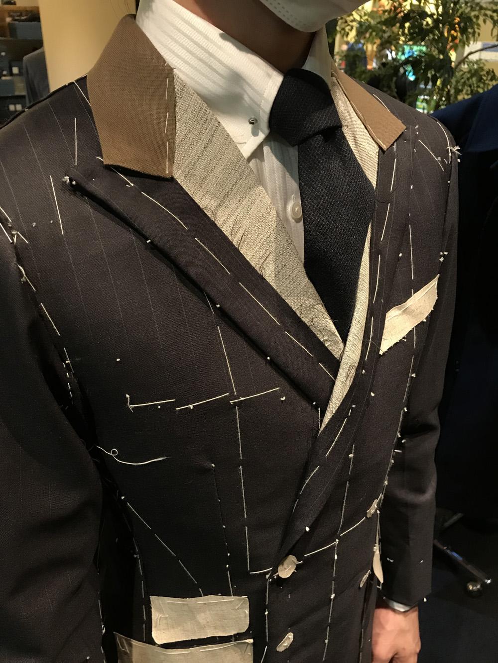 お客様の仮縫い、HARRISONS GRAND CRU(ハリソンズ グランクリュ)〈イズント〉